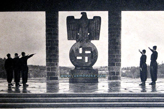 WW II German Photo **  Bdm /& HJ Boys /& Girls   **